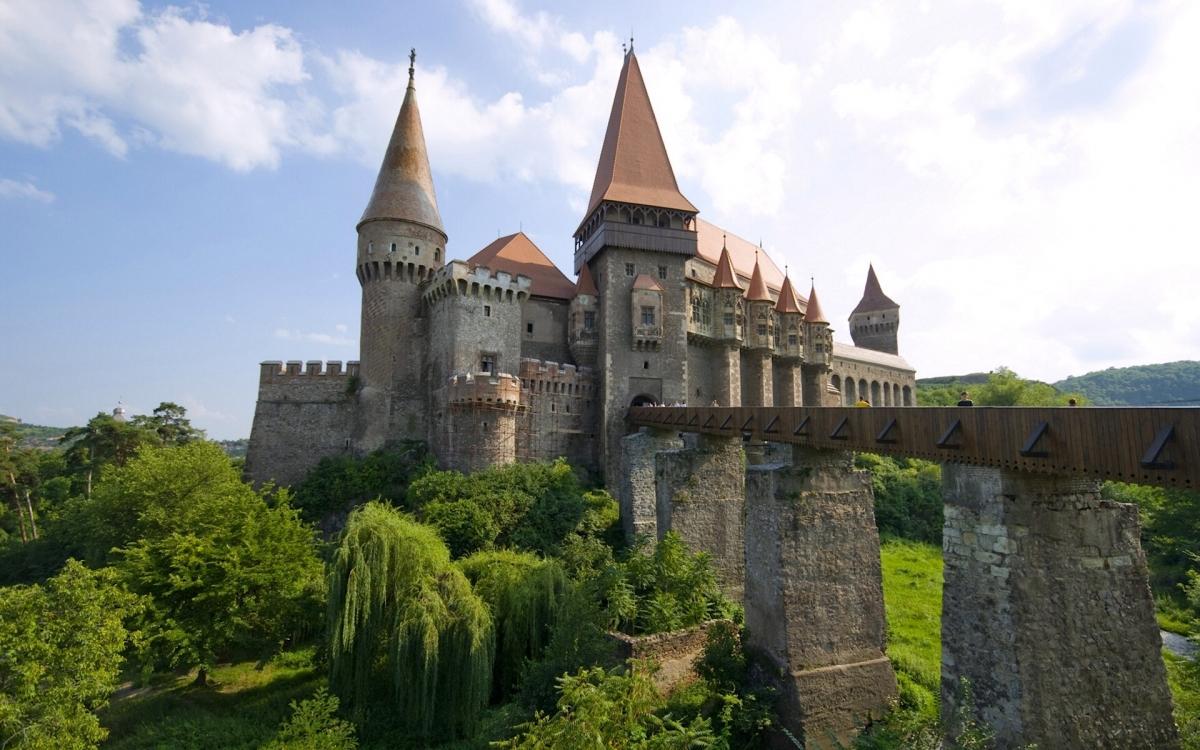 Viagem Roménia trilhos e castelos